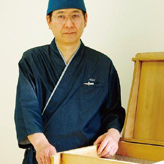 パティシエコース講師・浅井 茂宏先生